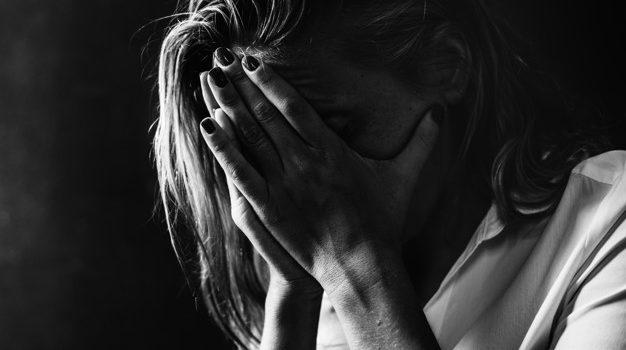Kritika vagy szóbeli bántalmazás – Hol a határ?